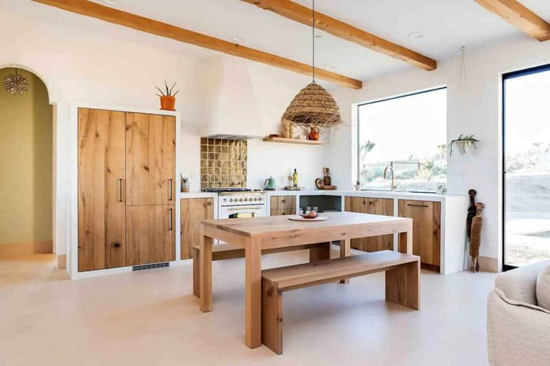 Desert Wild Airbnb Dining Area