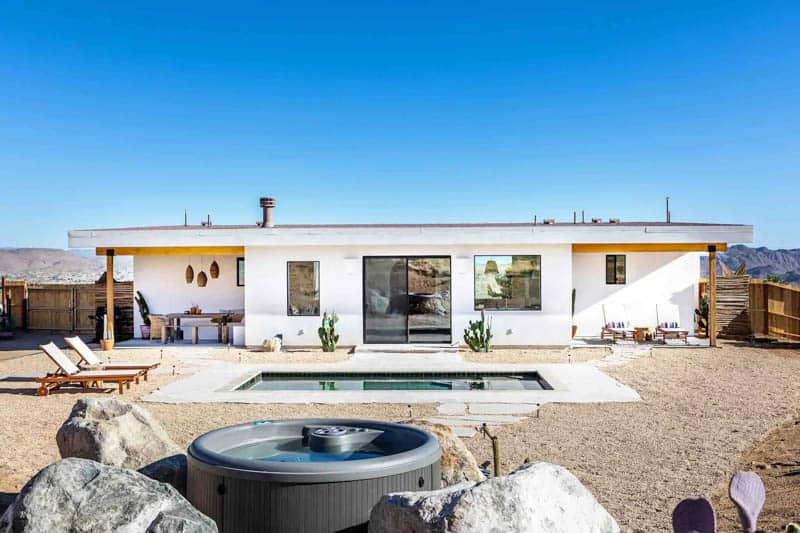 Backyard Pool and Hit Tub Desert Wild