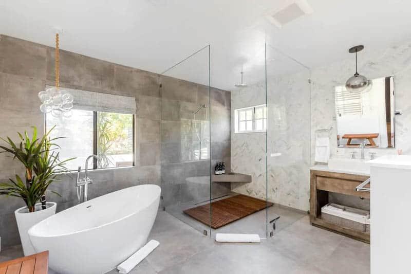 Elephant Suite Bathroom