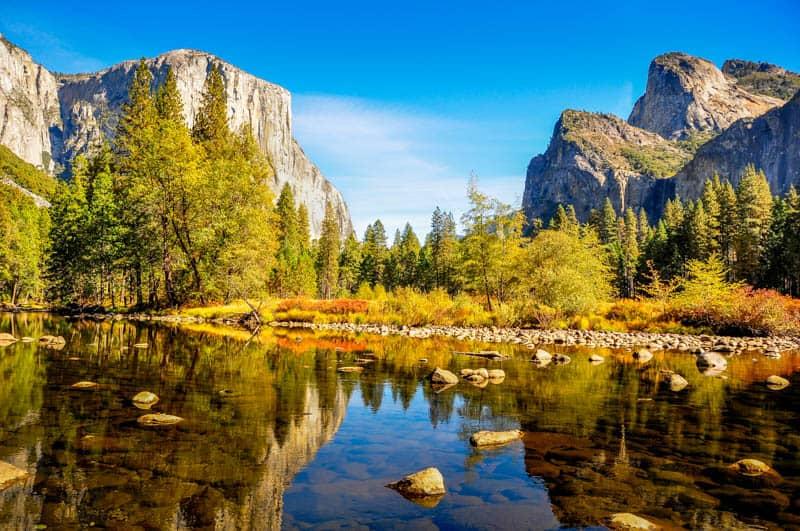 Yosemite National Park is one of the top romantic getaways in California!