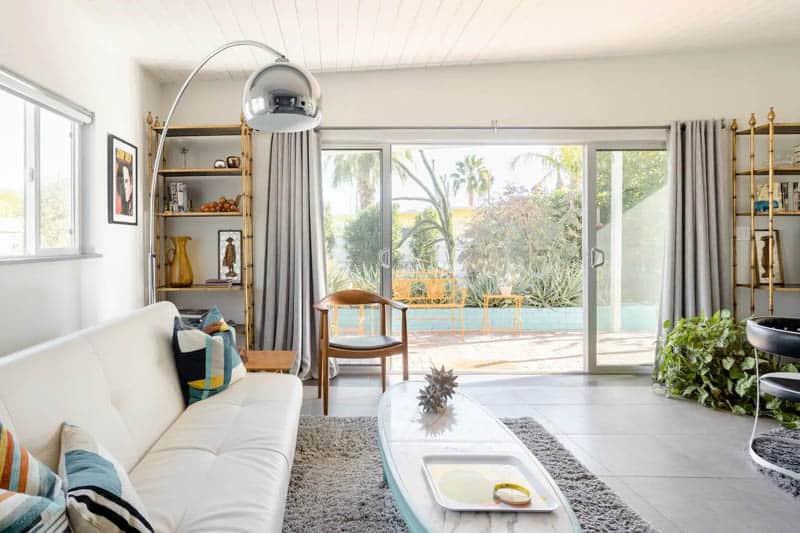 Palm Springs Mid-Century Modern Airbnb