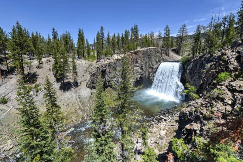 Rainbow Falls in Mammoth Lakes California
