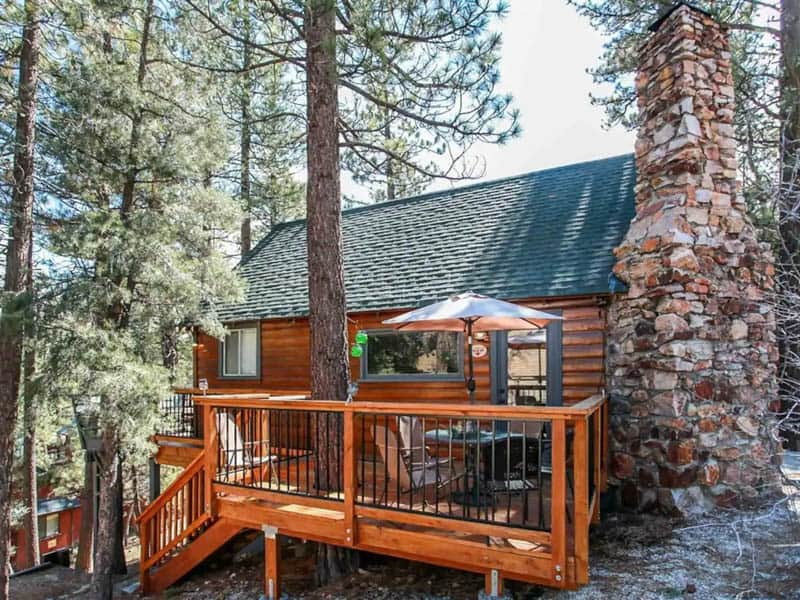 Big Bear Lake Airbnb Cottage with Nice Deck