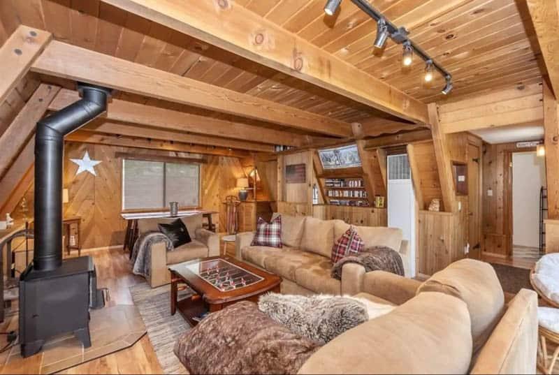 Interior Big Bear Hideaway Airbnb
