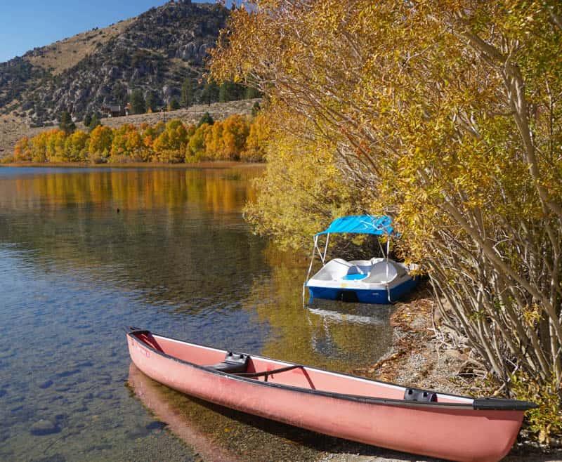Canoe at Gull Lake in California