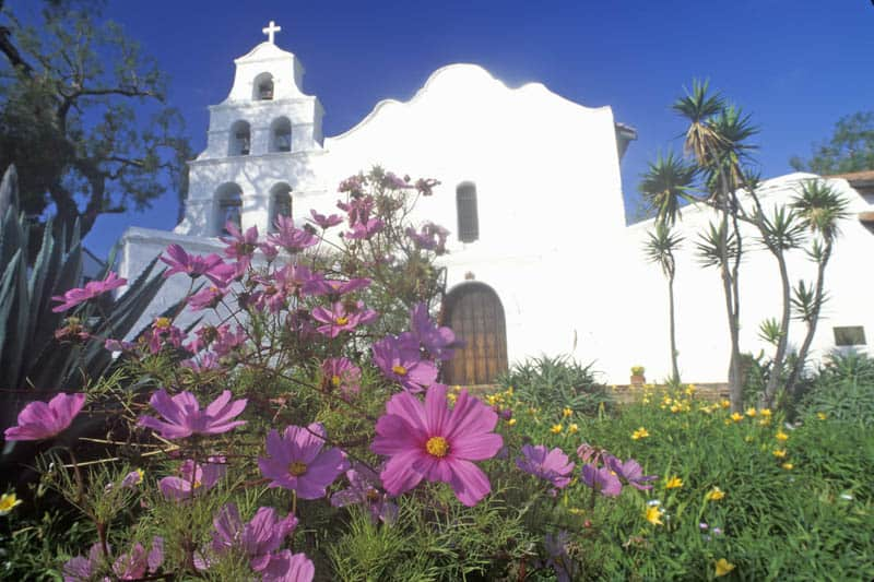 Mission San Diego de Alcala from the street