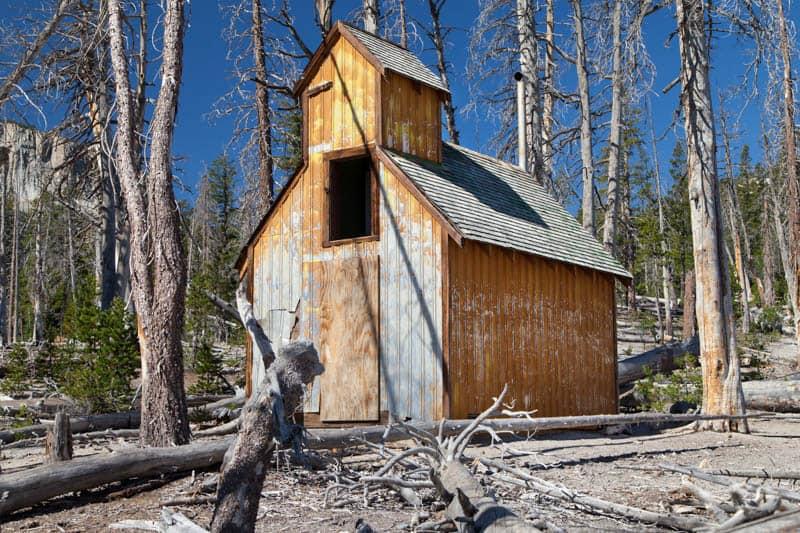 Picturesque abandoned cabin at Horseshoe Lake Mammoth Lakes California