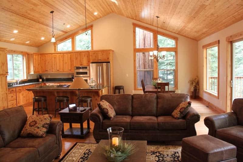 Living Room Tahoe VRBO Cabin