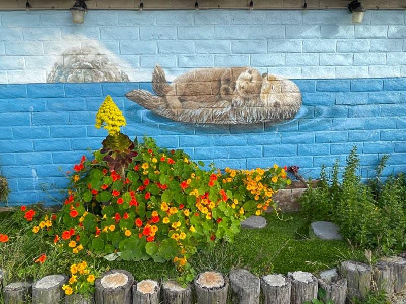 Sea otter mural in Morro Bay, California