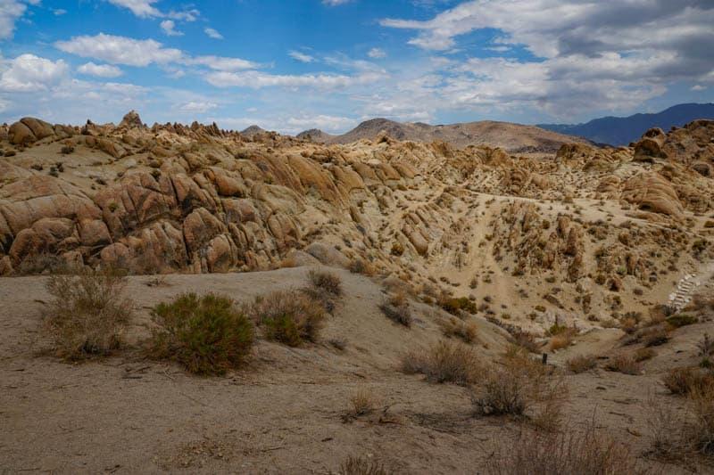 Desert scenery at the Alabama Hills in California